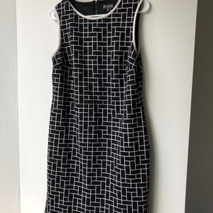 Vince Camuto B&W Graphic Print Dress